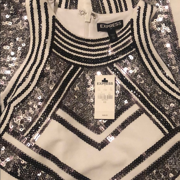 Express Dresses & Skirts - Cold shoulder express dress